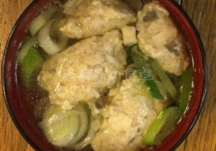 エリンギの鶏ひき肉団子汁